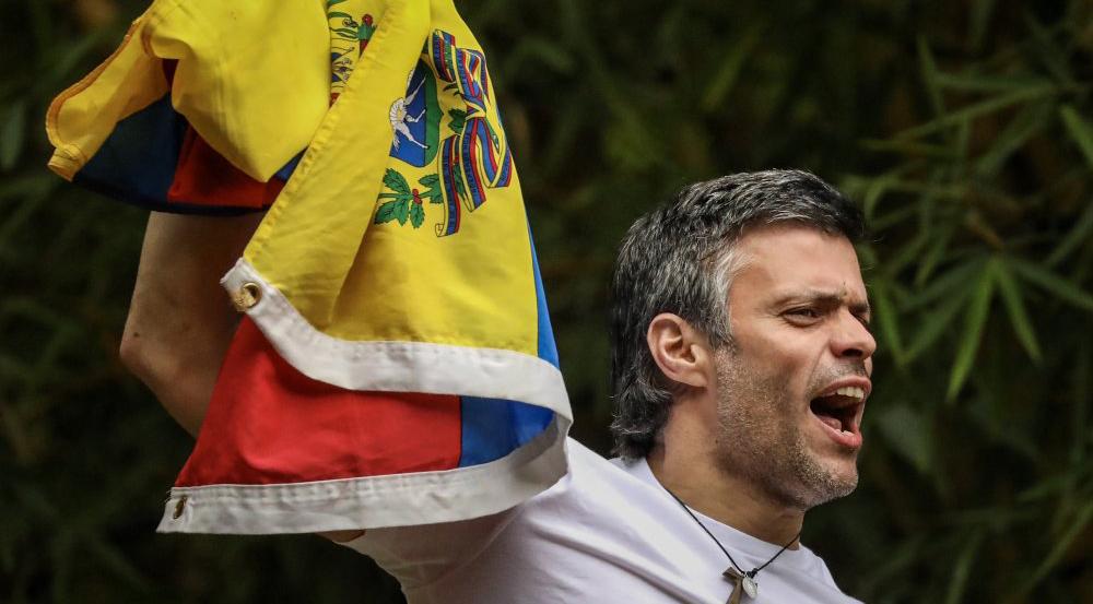 TSJ da casa por cárcel a Leopoldo López