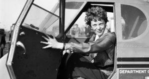 """""""Amelia Earhart y los huesos de Nikumaroro"""" estudio asegura haber descifrado el misterio de la muerte de la piloto"""