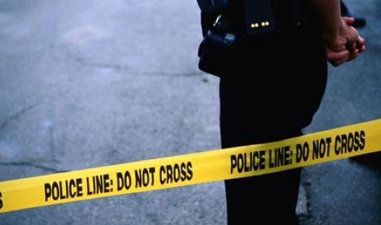 Policía investiga homicidio de un hombre en un apartamento de Strathcona