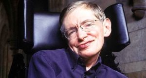 Fallece el físico británico que revolucionó la ciencia, Stephen Hawkings