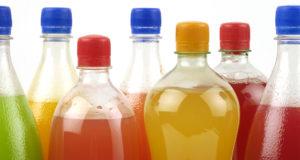 Adolescentes de Alberta consumen más bebidas azucaradas que los de Ontario