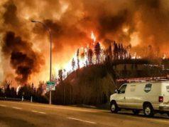 Amenaza de incendios forestales provoca evacuaciones en el noreste de Ontario