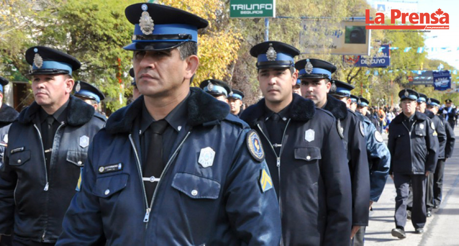 Policías en Argentina