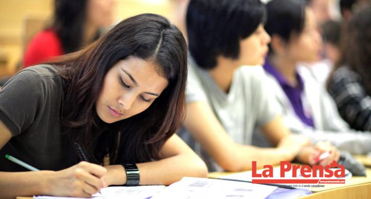 Inmigrantes aprenden francés