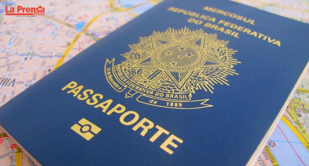 Suspende emisión de pasaportes en Brasil