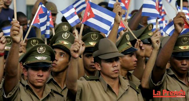 Homosexuales cubanos podrán ingresar al servicio militar