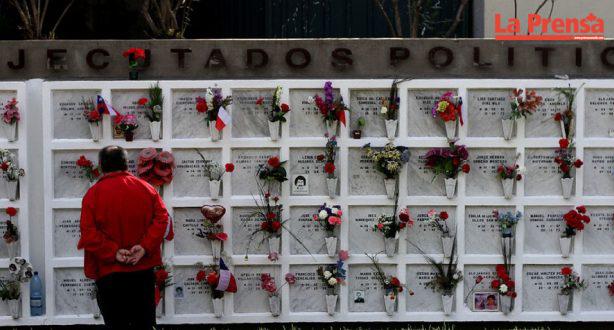 Universidad de Chile entregará títulos póstumos a estudiantes ejecutados en dictadura