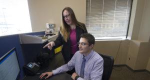 Nueva ley en Alberta permite tomar permisos para cuidado de familiares enfermos