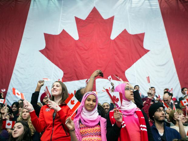 Sugieren cambio a la política de refugiados de Canadá