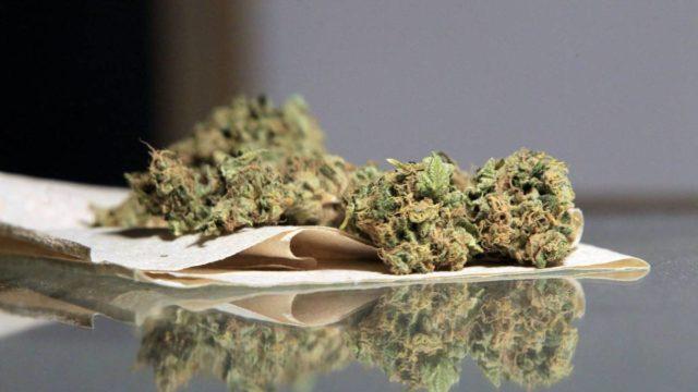 Médicos quieren eliminar prescripciones de marihuana medicinal tras la legalización