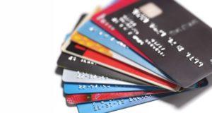 Albertanos endeudados: Encuesta advierte que hay altos niveles de deuda y poco ahorro