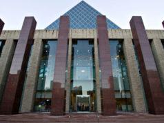 Comité respalda la nueva política que convertiría a Edmonton en una ciudad santuario para indocumentados
