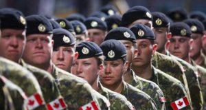 Fuerzas armadas canadienses restringirán el uso de marihuana recreativa en sus filas