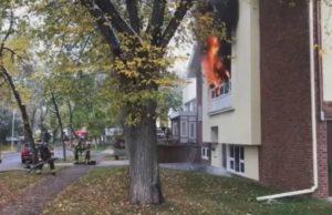 Policía de Edmonton investiga el incendio de la Iglesia Unida de Highlands