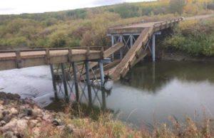 Se derrumba puente horas después de ser inaugurado en Saskatchewan