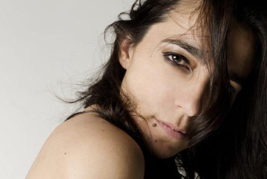 """Ester Casanova: """"De nada me sirve cantar, si no soy capaz de transmitir lo que llevo dentro"""""""