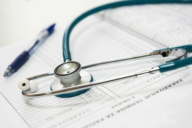 Médicos y enfermeras se preparan para un nuevo proyecto de ley que protegerá a los pacientes del abuso sexual