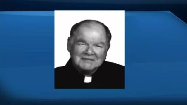 Sacerdote de Saskatchewan enfrenta extradición a Escocia por cargos de abuso sexual