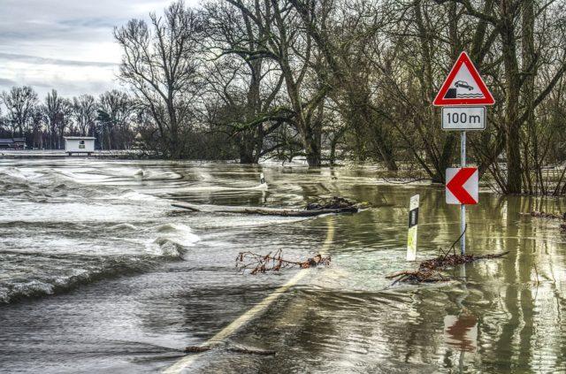 Montreal levanta el estado de emergencia al retroceder las aguas de la inundación
