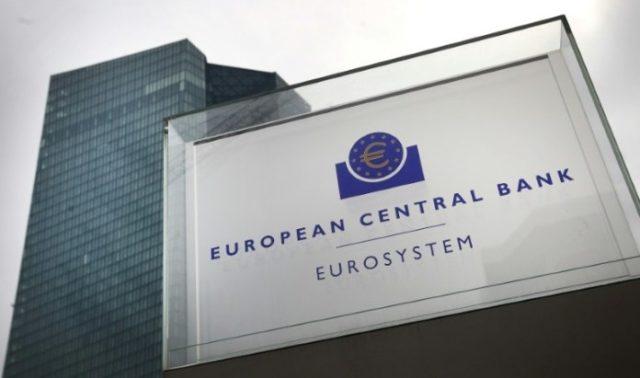 ¿Quieres hacer un máster en economía? BCE lanza programa de becas para mujeres