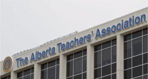 Maestro que tuvo relaciones sexuales con una estudiante de 13 años fue excluido de ATA